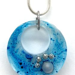 Round Pendant with Cat Paw made of metal and glass